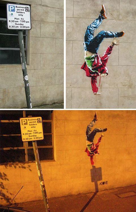 Timing is Everything, London 2013. ABOVE es conocido por sus graffitis controvertidos. Su último proyecto, llamado Timing is Everything (el tiempo lo es todo), es una pintura con plantilla de un bailarín de break dance que sólo puede verse por completo por la noche, cuando el bailarín se impulsa encima de la sombra de la señal de tráfico. ABOVE se ha pasado los últimos siete meses buscando la inclinación perfecta para fijar la sombra. #Above #graffitis