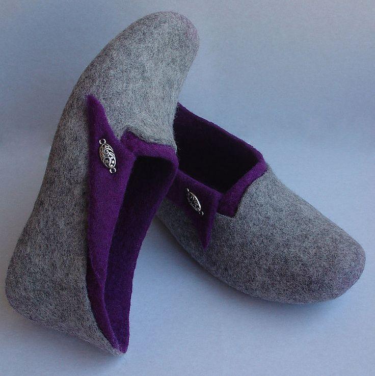 """Валяные тапочки """"Капля серебра в пурпуре"""" - валяные тапочки,обувь ручной работы"""