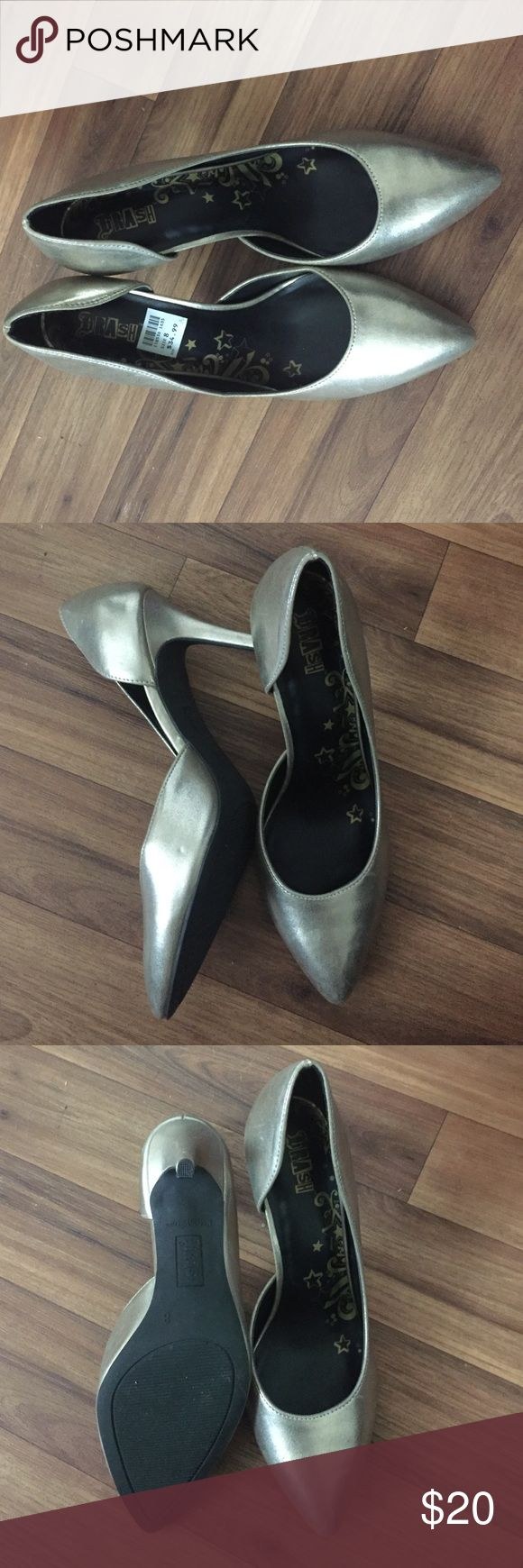 Gold stiletto heels These are a pretty light gold color and about a 3in heel. New never worn! Shoes Heels
