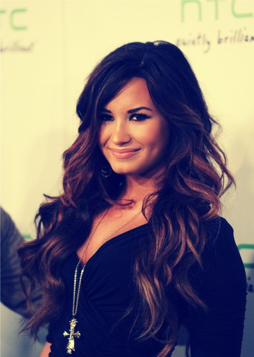 ombre: Demilovato, Hair Colors, Hairstyles, Makeup, Beautiful, Celebrities, Beauty, Demi Lovato, People