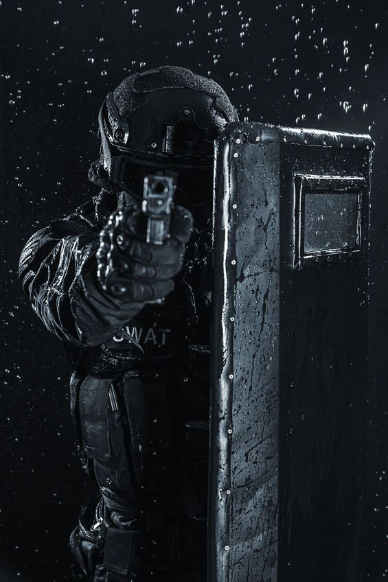 SWAT Tactical loadout U.S. Spec Ops Special Forces #SpecialForces #military…