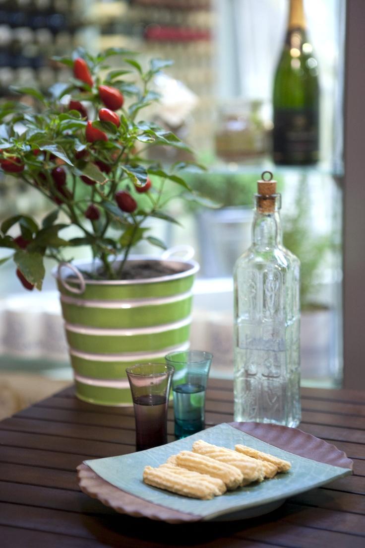 Raki, the Greek way to drink