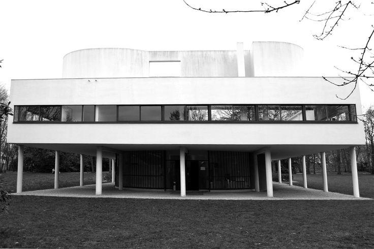Villa Savoye restored. Villa Savoye, Le Corbusier's machine of inhabit.