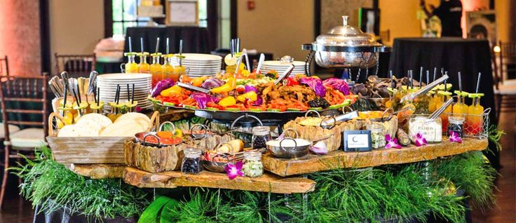 Look at the our ideas how to make and decorate wedding taco bar to inject uniqueness and fun your wedding. Taco bar includes colorful and bright decoration.