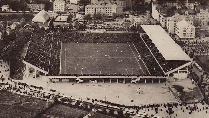 Estadio_Råsunda, Suecia Superficie Pasto Dimensiones 105 x 68 m Capacidad 36.000 espectadores Construcción Apertura 17 de mayo de 1937 Equipo diseñador Arquitecto Birger Borgström Sven Ivar Lind Equipo local Selección sueca de fútbol AIK Fotboll