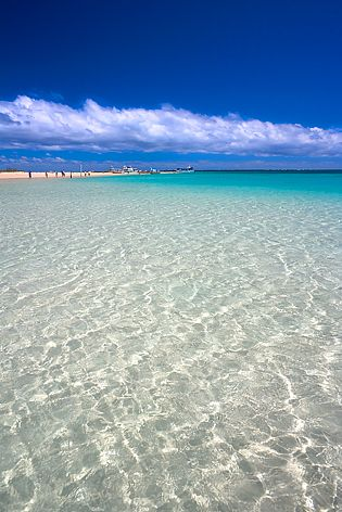 Crystal Water, Coral Bay WA - So much fun here with Kelly. Don't think I have ever seen water so clear.