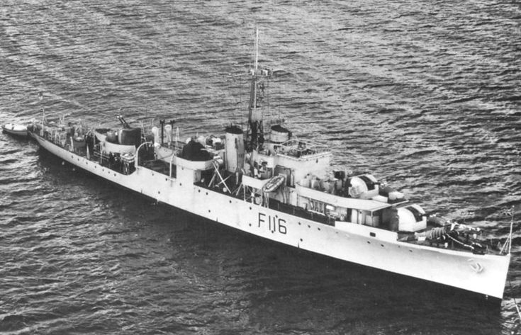 HMS Amethyst just before the Yangtze Incident