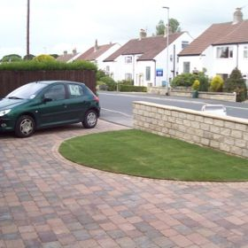 semi circle driveways | Quality block paved driveway using plaspave surrento with semi circle ...