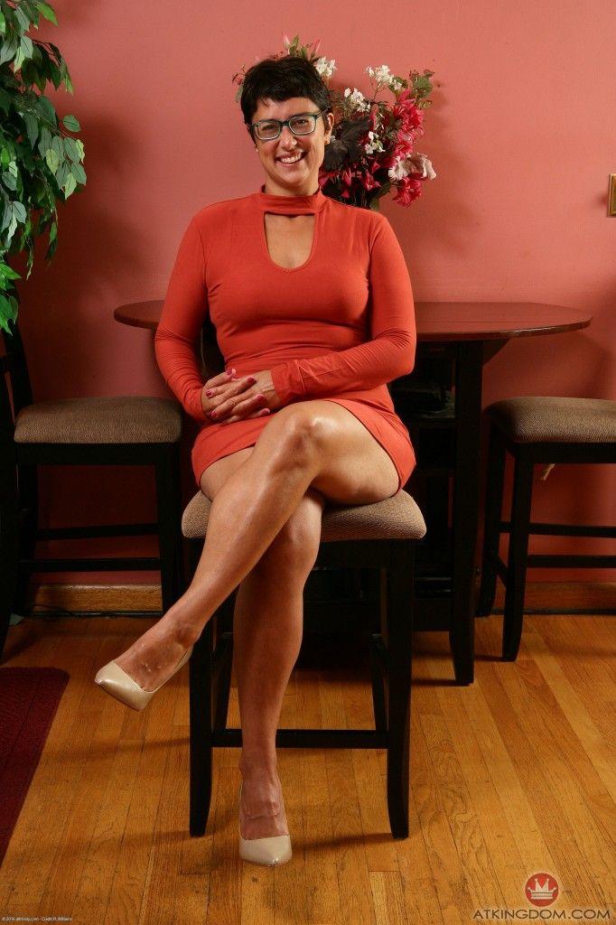 Babe Today Only Tease Sandra Fuckpic Legs High Profil Porn