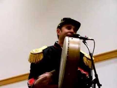 Minstrel Boy sung by Charlie Zahm. The best version of this song I have heard yet! <3