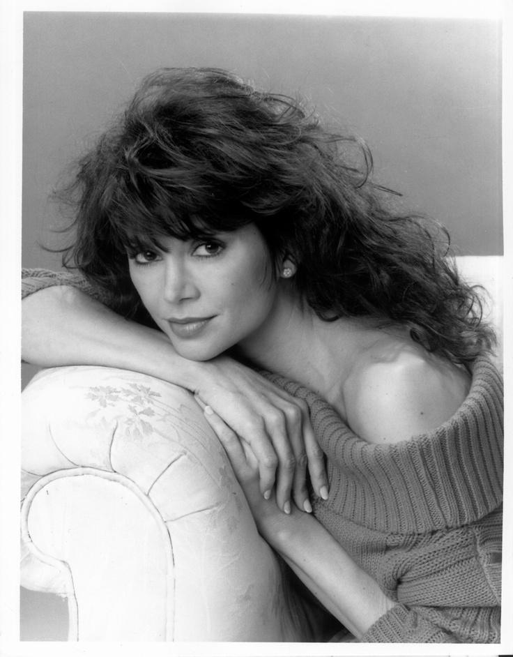 Julia Whelan Nude Photos 98