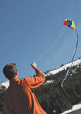 This Pocket Parafoil is a pocket-size kite that you can easily take on a hike or camping trip! Sahalie.com #Gifts #Holidays #Oudoors $19.98