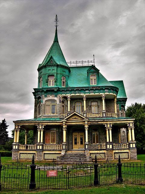 Abandoned Old House in Quebec, Canada