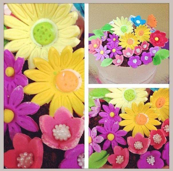 Pastel de flores  ♥ ♥ #cake #flowers