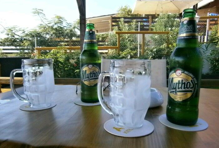 After walking to Kato Garouna this Mythos didn't touch the sides