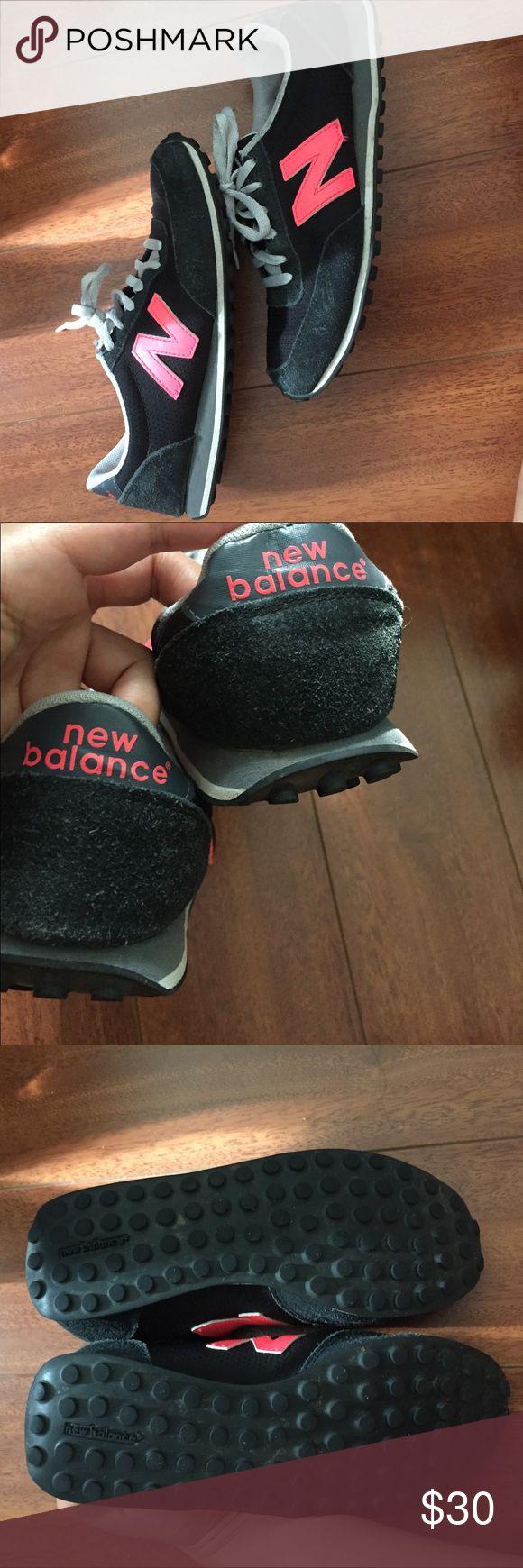 🔴final price drop🔴 original New Balance Good condition new balance 410. Offers welcomed New Balance Shoes Athletic Shoes