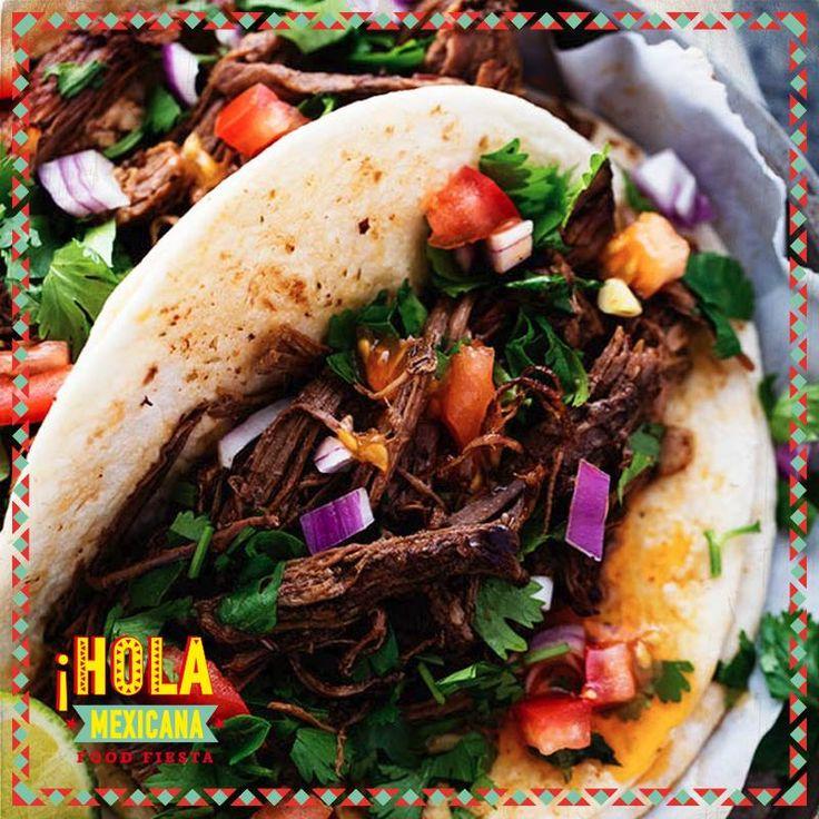 Στο #HolaMexicana θα απολαύσετε #αυθεντικό μεξικάνικο φαγητό... και για να ξέρετε ... !!! Η #Μεξικάνικη #Κουζίνα βασίζεται στις παλιές και παραδοσιακές διατροφικές συνήθειες των #Αζτέκων και των #Μάγια, συνδυασμένο με τις διατροφικές τάσεις που έφεραν οι Ισπανοί άποικοι... Όπως το #μοσχάρι, το #κοτόπουλο, το #χοιρινό, όξινα #φρούτα, #σκόρδο, #τυρί, #κρασί, #ξίδι, #πιπεριές όλων των ποικιλιών, #μπρόκολο, #κουνουπίδι, διάφορα λαχανικά και χορταρικά.  #HolaMexicana #Mexican #Food #Fiesta #En…