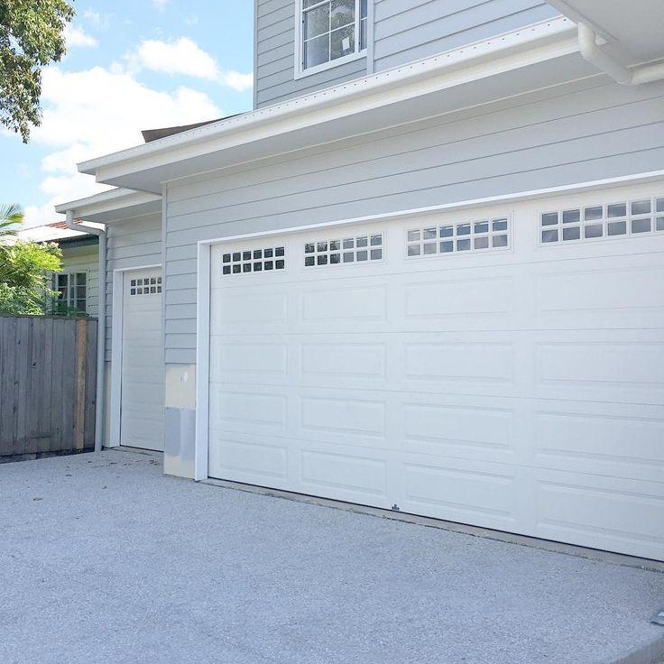 Love the garage doors.