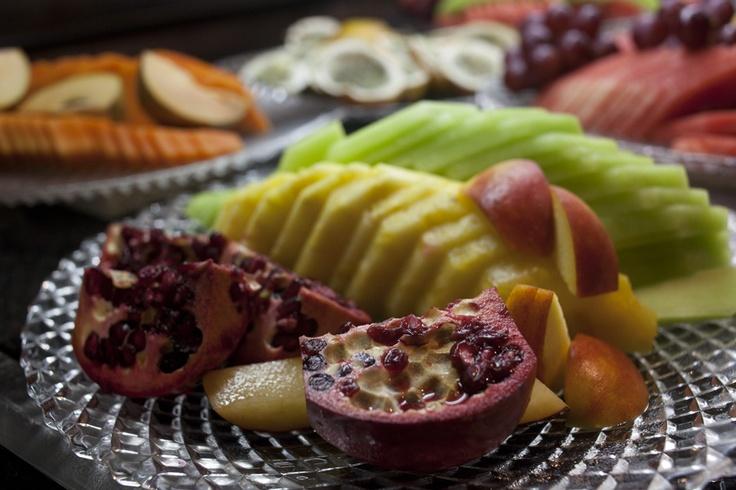 Abacaxi, melão... É grande a variedade de frutas de buffet, principalmente no calor caribenho. #Iberostar #Fruit #Buffet #Exotic #Food