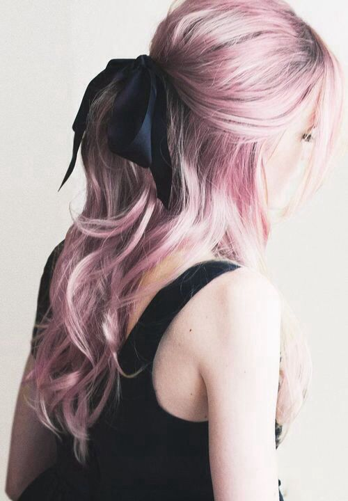"""Como deixar o cabelo rosa """"algodão doce"""": http://deborahsoler.blogspot.com.br/2016/06/keraton-hard-colors-panty-rose.html"""