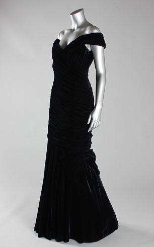This velvet Victor Edelstein gown is among ten dresses owned by Princess Diana that are set to be auctioned at Kerry Taylor Auctions