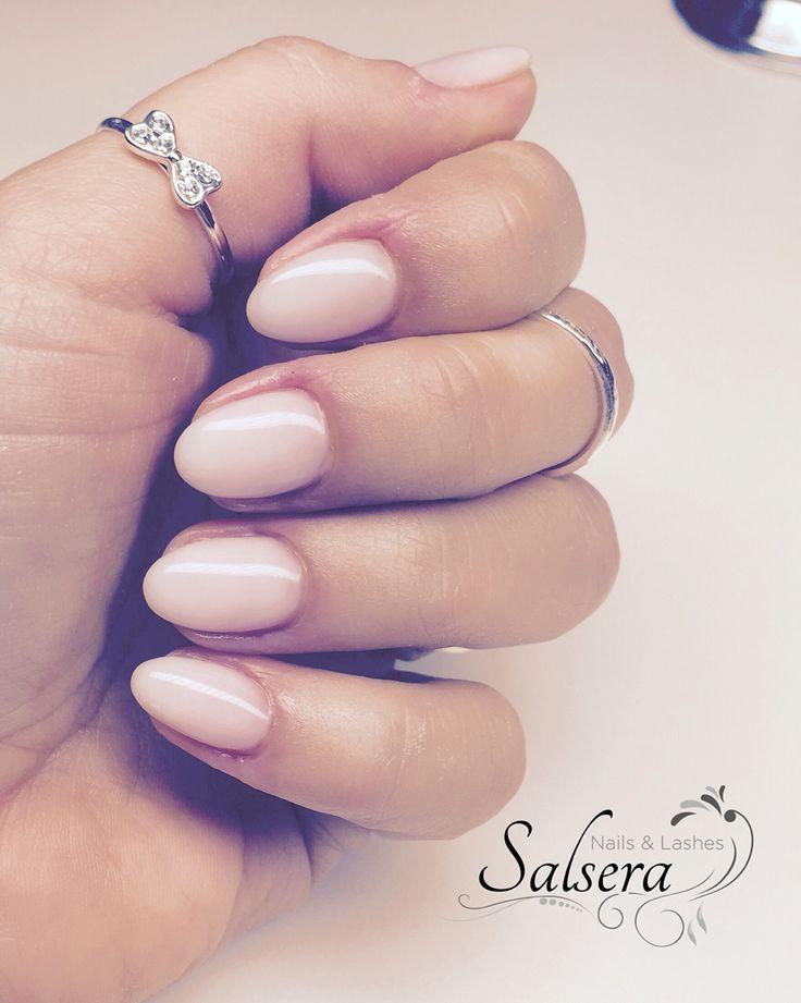 Nägel, Nägel, Nageldesign, rund, kurz, glatt Salsera Nails & Lashes Frankfur … – Nägel • Uñas • Nägel