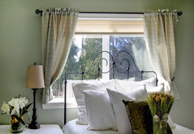 How To Install Curtain Rods Installing Curtain Rods Curtain