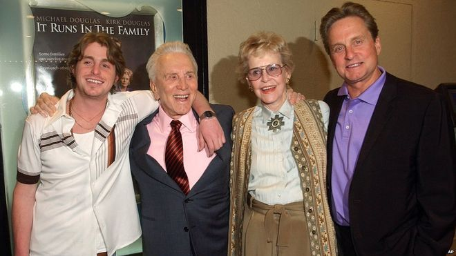 File photo: Diana Douglas (second right), Kirk Douglas (second left), Michael Douglas (right) and Cameron Douglas (left) attend a screening of It Runs in the Family in Los Angeles, 7 April 2003