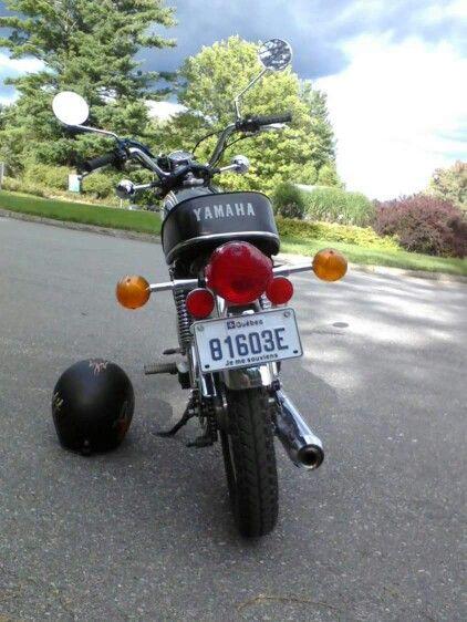 Yamaha RS 100 cc 1975 a l'abbaye de St Benois du lac
