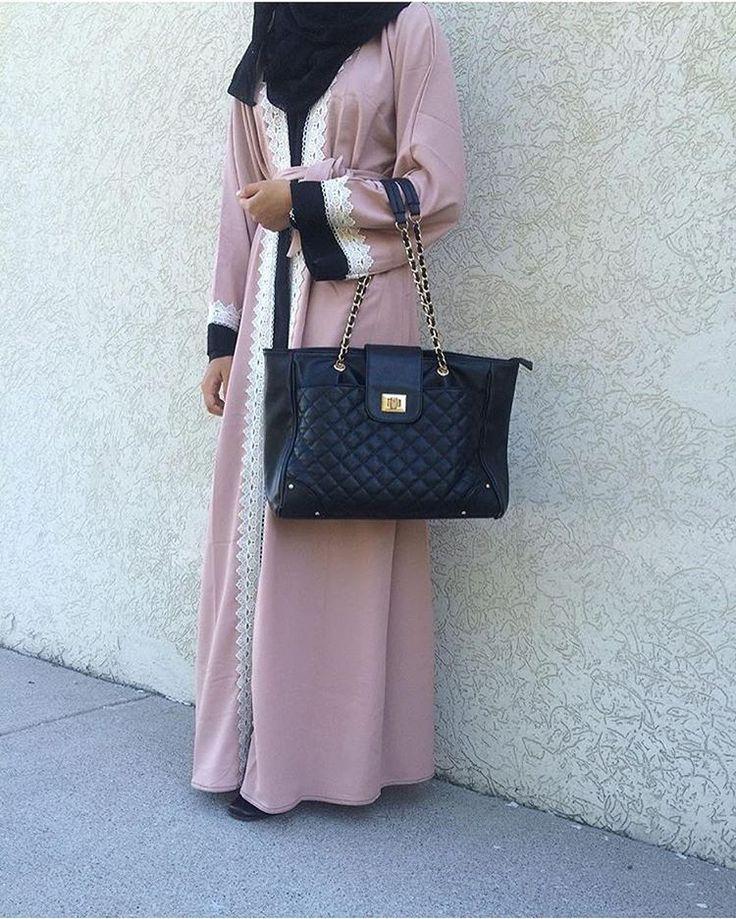 See this Instagram photo by @hijabiselegant • 2,452 likes
