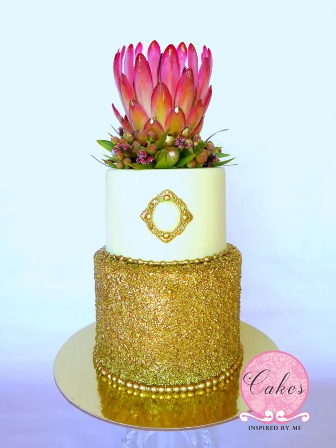 King Protea going for gold. - Cake by Aneesa