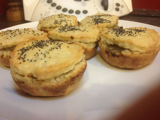 Great: Mini #Chicken #Pies - A #Thermomix #recipe from Tick of Yum -