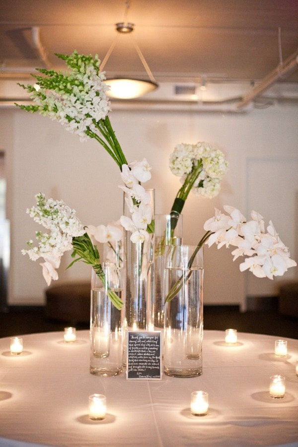 Nyc wedding at tribeca rooftop by entwined studio for Modern table centerpieces