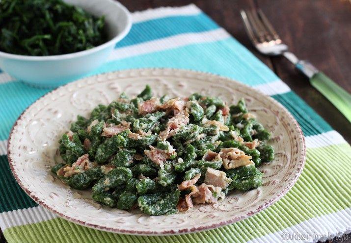 Spatzle+di+spinaci+tirolesi+con+panna+e+prosciutto