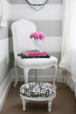 i like the pink, white, grey and black.  Cute for an older girls' room with the bold grey stripes on the wall...
