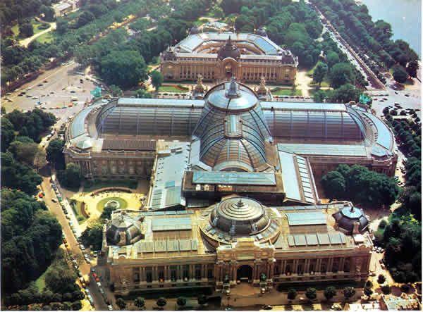 Grand Palais Paris - situated in Paris' westerly 8th arrondissement (district)