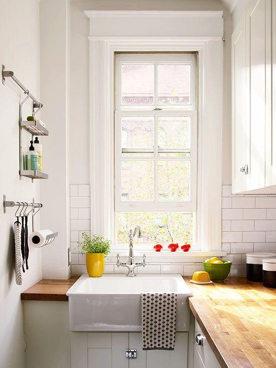 Small white kitchens small white kitchens small for Small white kitchens