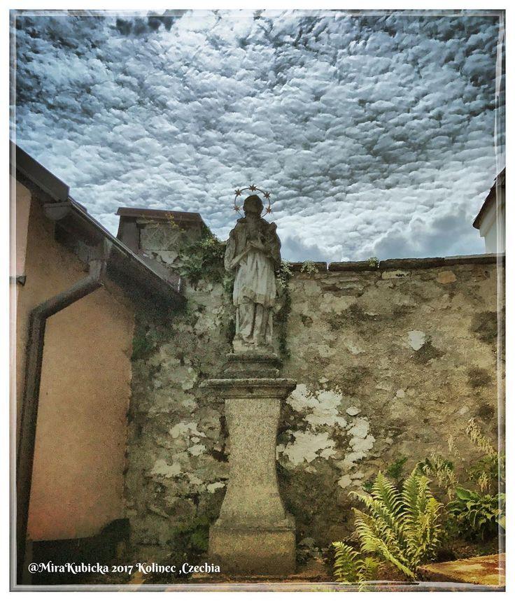 #kolinec #sculpture #statue #art #architecture #storm #history #heritage #trip #travel #today #2017 #česko #ceskarepublika #czechrepublic #czech #czechia #photo #photography #photos #sumava #santa #saint #church