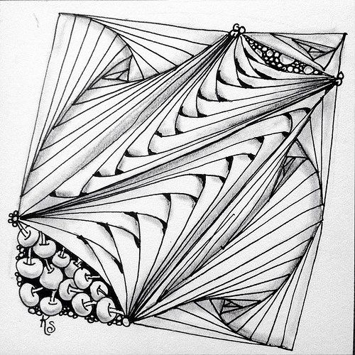 """#zentangle 2015-040, """"One Zentangle A Day"""" day 21 featuring paradox and b'tweed. Unfortunately I ended up with a couple pretty major pen slips, but I like the bones! 