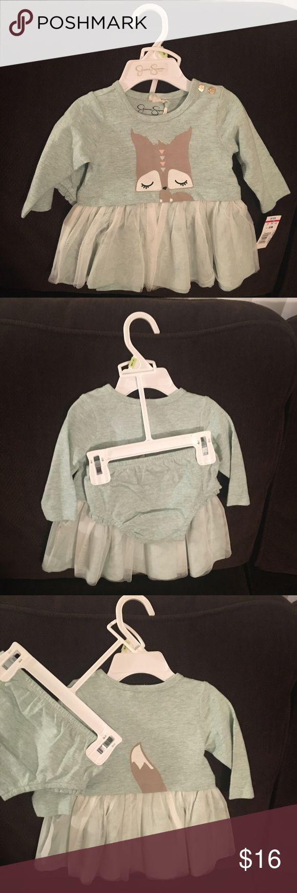 Jessica Simpson baby girl dress sz 0-3mo Jessica Simpson long sleeve baby girl dress with matching diaper cover size 0-3 months. Brand new with tags. Currently selling lots of other baby and toddler clothes. Willing to bundle items. Jessica Simpson Dresses