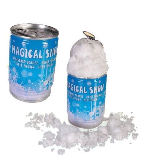 Kar yağdığında hepimizin içine bir mutluluk dolar ama bu mutluluk güneşin çıkmasıyla maalesef uzun sürmez. Sizi Büyüyen Sihirli Kar sayesinde yılın her günü karla buluşturuyoruz! Magic Snow ile doyasıya karla oynamanın tadına varın!