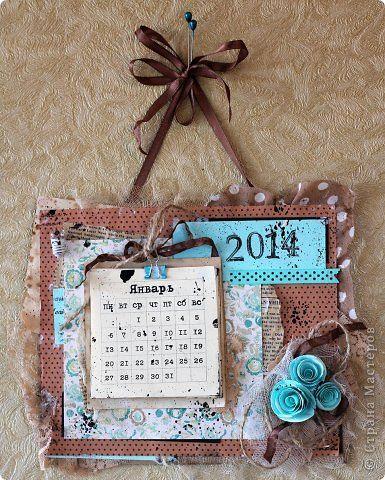 Скрапбукинг Новый год Ассамбляж Настенный календарь Бумага Бумага газетная Краска Ленты Ткань фото 4