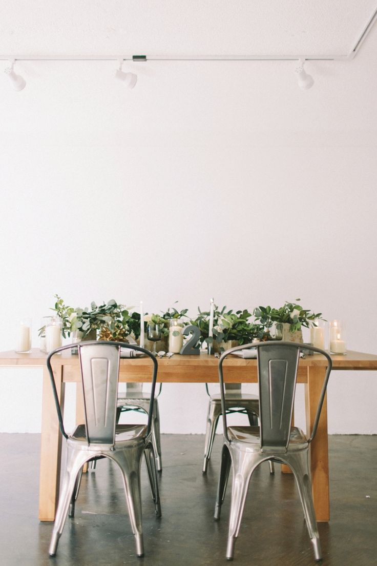 Chic, modern industrial wedding inspiration // see more: http://theeld.com/1yLN2Ug