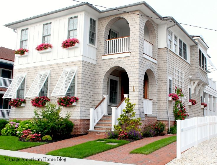 Top 30 curb appeal tricks curb appeal window and front doors - Home selling four diy tricks to maximize the curb appeal ...