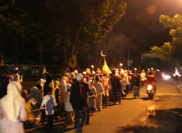 terkini 200 Obor di Kelurahan Rangkapan Jaya Baru Lihat berita https://www.depoklik.com/blog/200-obor-di-kelurahan-rangkapan-jaya-baru/