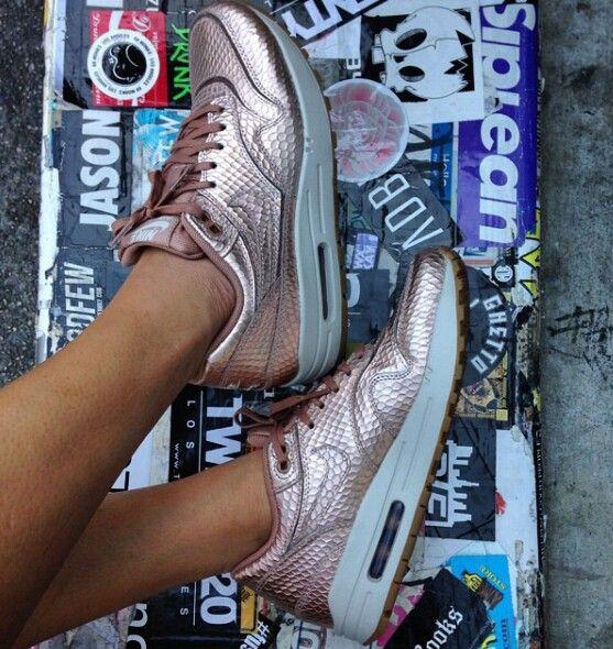 Nike Air Max Rosa Gold