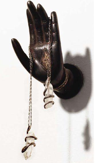 Jewelry display | @invokethespirit