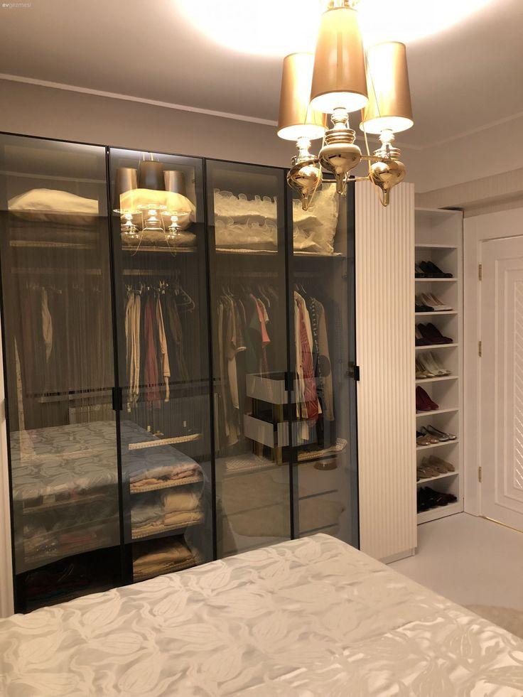 Schlafzimmer, Ankleidezimmer, Kleiderschrank, Kronleuchter ...