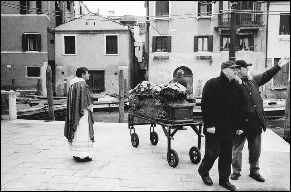 "From the Book, ""Serenissima: Venice in Winter,"" by Goodman and Riper. http://nieman.harvard.edu/newsitem.aspx?id=100108"