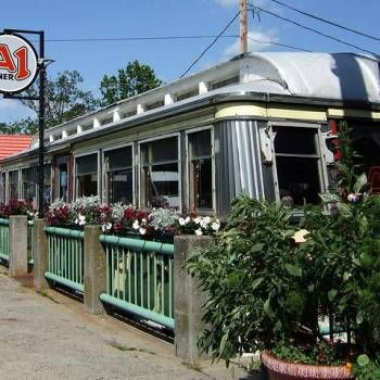 Diners Drive-ins and Dives Locations | List of Food Network Diners